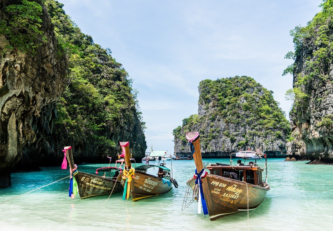 Top 10 The Most Beautiful Must-Visit Islands in Thailand