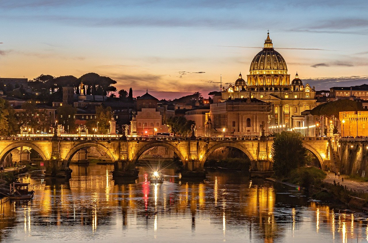 Top 10 Must-sees That Will Make You Fall in Love With Enchanting Rome