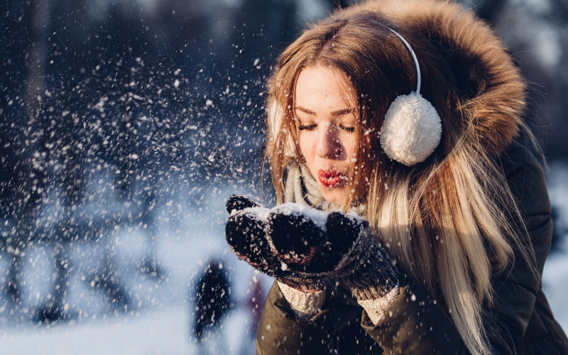 Top 10 Comfortable and Fashionable Garments for Cold Winter