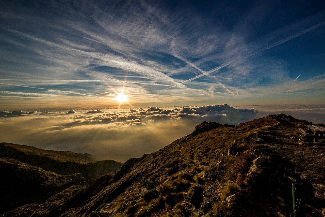 Top 10 Beautiful Yet Terrifying and Dangerous Wonders of Nature