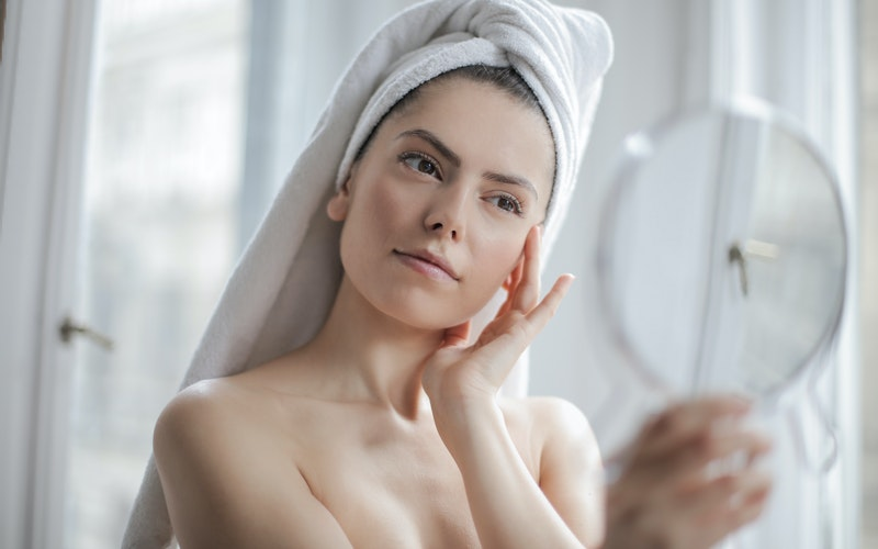 Top 10 Ways to Minimize (Not Shrink) Your Pores Effectively