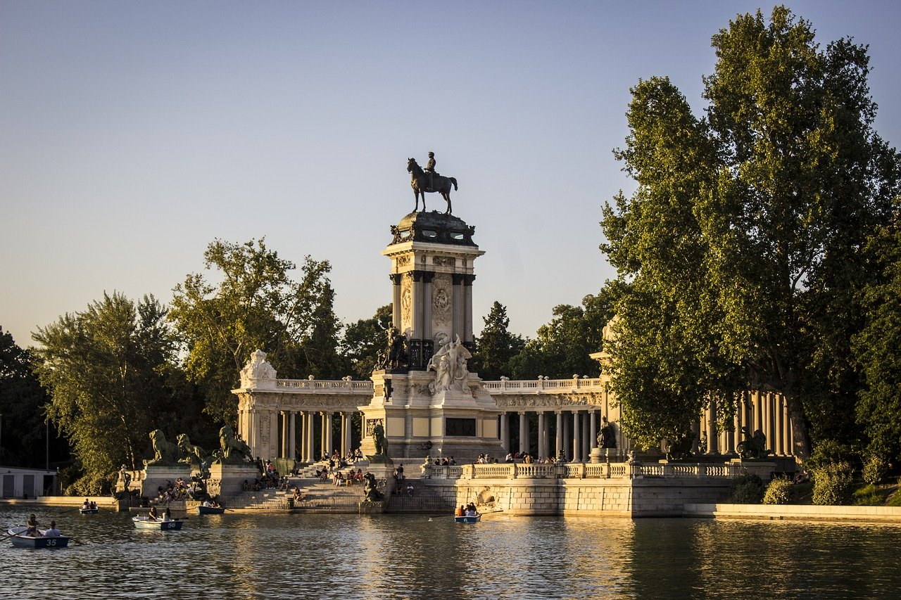 Top 10 Must-do Things While In Vibrant Madrid
